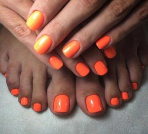 manicura anaranjada